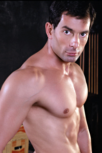 male muscle gay porn star Akos Matyas | hotmusclefucker.com
