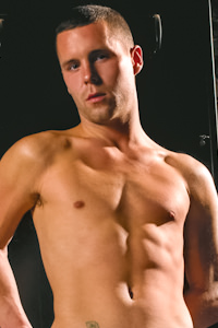 male muscle gay porn star Luke Cassidy | hotmusclefucker.com