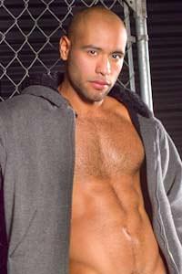 male muscle gay porn star Leo Forte | hotmusclefucker.com