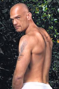 male muscle gay porn star Lance Gear | hotmusclefucker.com