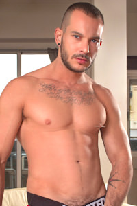 male muscle gay porn star Tomy Hawk | hotmusclefucker.com