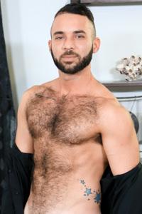 male muscle gay porn star Fernando Del Rio | hotmusclefucker.com
