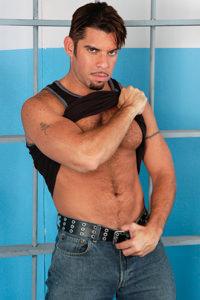 male muscle gay porn star Mario Ortiz | hotmusclefucker.com