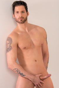 male muscle porn star: Logan Styles, on hotmusclefucker.com