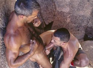 Michael Soldier & Jeff Allen in Raiders of the Lost Arse | hotmusclefucker.com
