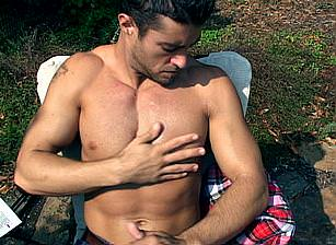 gay muscle porn clip: Outdoors Self Satisfaction - Cody Cummings, on hotmusclefucker.com