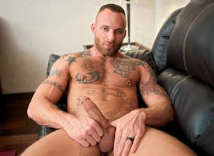 gay muscle porn clip: Finally Home - Derek Parker, on hotmusclefucker.com