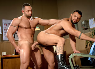 gay muscle porn clip: San Francisco Meat Packers - Part 1 - Fabio Stallone & Tony Orion, on hotmusclefucker.com