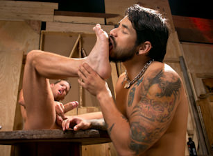gay muscle porn clip: Warehouse Kinks - Draven Torres & Shane Frost, on hotmusclefucker.com