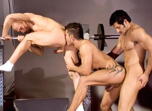 Adam Killian & Ty Colt & Leo Giamani in The Trainer | hotmusclefucker.com