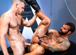 gay muscle porn clip: Manscent - Brian Bonds & Drake Masters, on hotmusclefucker.com